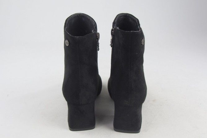 Botín señora XTI 35111 negro