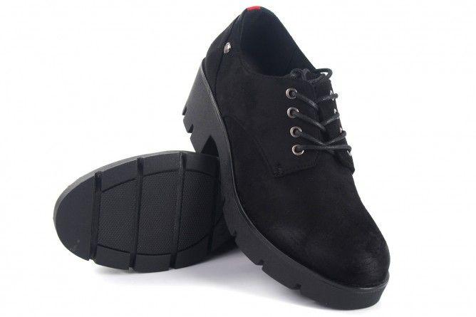 Zapato señora MUSTANG 58856 negro
