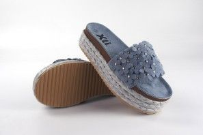 Sandalia señora XTI 49083 azul