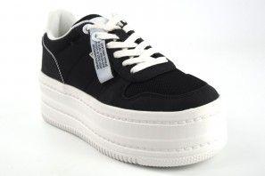 Zapato señora MUSTANG 69298 negro