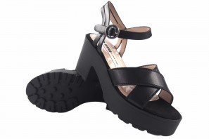 Sandale dame MUSTANG 50443 noir